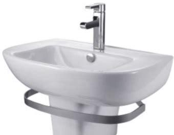 comment nettoyer une baignoire en email taches sur un lavabo un bac 224 ou une baignoire tout pratique