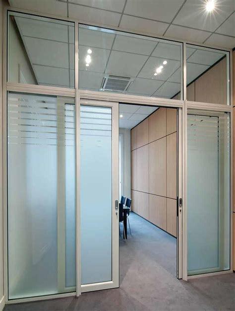 bureau vitre les aménagements portes pour cloisons de bureau espace