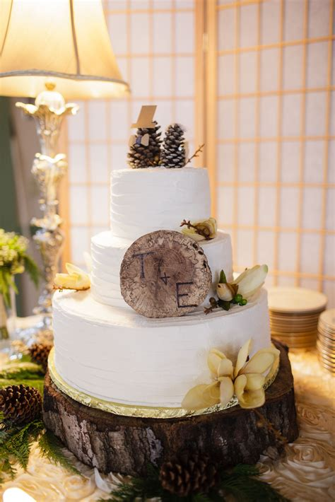 winter wedding cake pinecone toppers