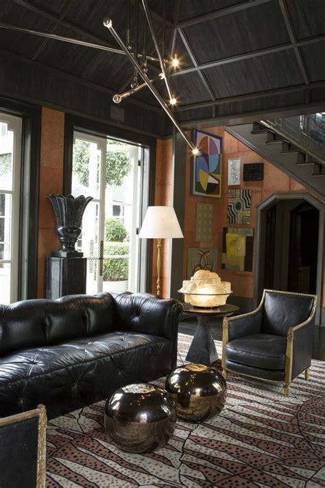 salones de diseno moderno  paredes de colores oscuros