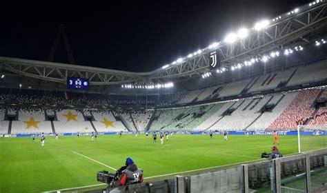 Eiropas futbols aizver durvis | LA.LV
