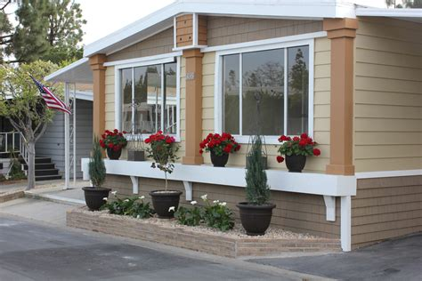 Best Mobile Home Exterior Makeover #21334