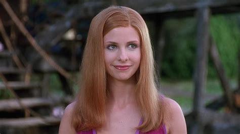 Daphne Blake (sarah Michelle Gellar)