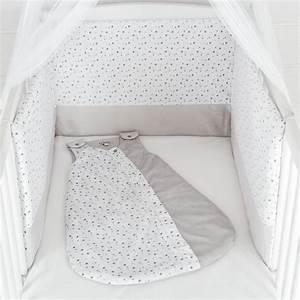 Parure De Lit Enfant Garcon : soldes linge de lit b b en velours gris et blanc toiles kinousses ~ Teatrodelosmanantiales.com Idées de Décoration