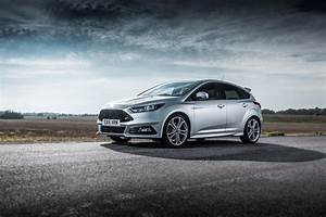 Ford Focus Grise : ford focus st 1 st 2 and st 3 what 39 s the difference carwow ~ Medecine-chirurgie-esthetiques.com Avis de Voitures