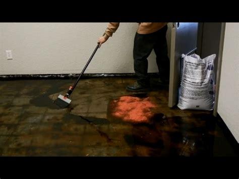 remove black mastic  carpet glue   concrete