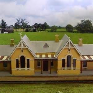 Building HO Scale Train Station