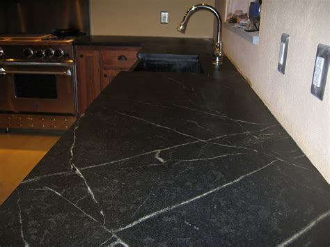 Furniture: Make Kitchen More Interesting With Soapstone