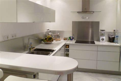 cuisine blanche et inox credence cuisine blanc laque crédences cuisine
