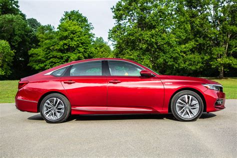 2018 Accord Hybrid Review by 2018 Honda Accord Hybrid Review The Efficient Sedan That