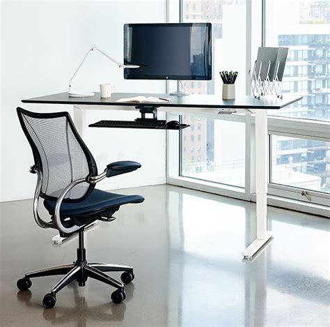 stand up desk reviews humanscale float table stand up desk review