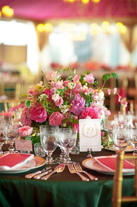 Blumen Hochzeit Dekorationsideenblumen Dekoration Fuer Gartenhochzeit by Runde Tische Zur Hochzeit Dekorieren Rosa Und