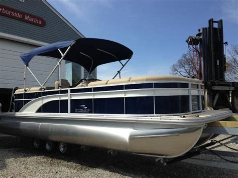 Used Pontoon Boats Bennington by Used Pontoon Bennington Boats For Sale 8 Boats
