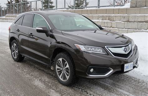 suv review  acura rdx driving
