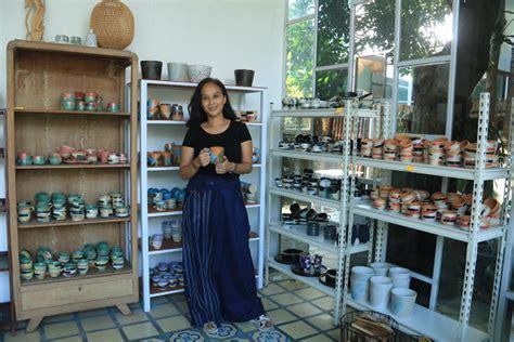 cerita kolaka pottery umkm jogja  tutup toko offline