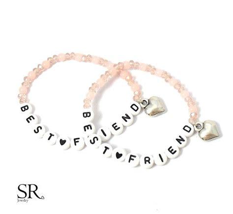 freundschaftsbaender  friends  armband perlen