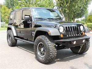2007 Jeep Wrangler Unlimited X    4x4    6  Lifted