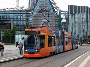 Bus Nach Leipzig : leipzig stra enbahnlinie 16 nach l nig an der haltestelle mitte augustusplatz 25 ~ Orissabook.com Haus und Dekorationen