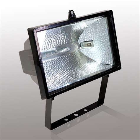 outdoor flood lights 10 reasons to install halogen outdoor flood lights