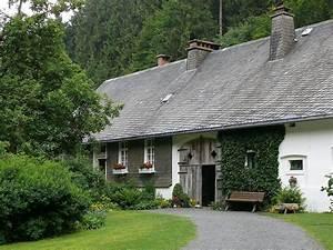 Haus Kaufen Schmallenberg : altes forsthaus rehsiepen wikipedia ~ A.2002-acura-tl-radio.info Haus und Dekorationen