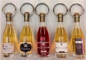Porte Bouteille De Vin : porte cl s bouteille de vin personnalisable 00212v0029599 ~ Dailycaller-alerts.com Idées de Décoration