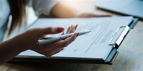 To choose your resume format, start by evaluating your career history and future goals. What Are The Different Types Of Resume Formats? - D Thin ...