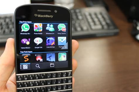 blackberry q10 review the return of the qwerty keyboard