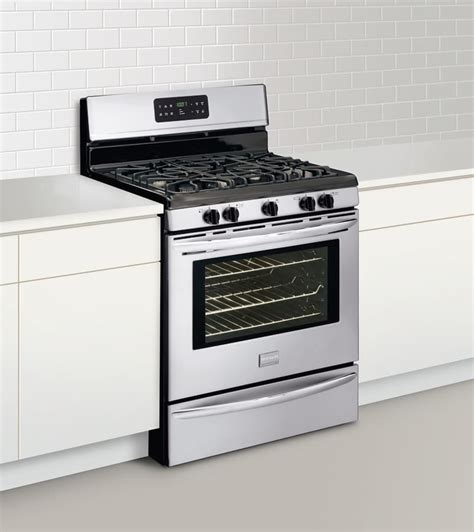Kitchenaid Oven Not Heating Up by Frigidaire Fggf3041kf 30 Inch Freestanding Gas Range With