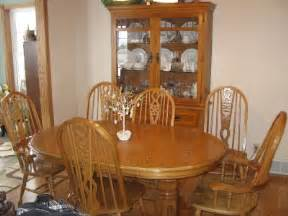Oak Dining Room Set Beautiful Oak Dining Room Table With Leaf And Six 6 Chairs
