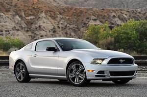 © Automotiveblogz: 2013 Ford Mustang V6: Review Photos