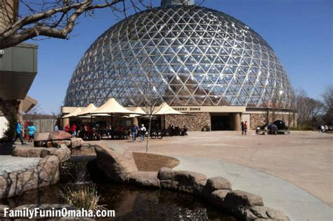 omaha henry doorly zoo top 10 things to do with in omaha family in omaha