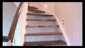 treppe lackieren eingestemmte treppe in weiß lackiert mit nußbaumstufen
