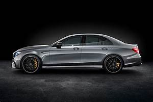 Mercedes E 63 Amg : suited and boosted 2017 mercedes amg e63 4matic revealed by car magazine ~ Medecine-chirurgie-esthetiques.com Avis de Voitures
