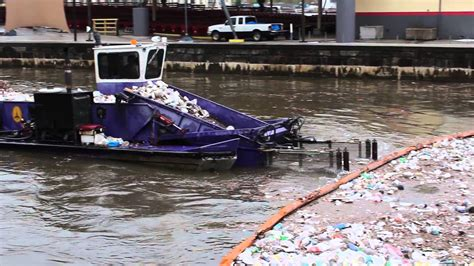 Trash Boat seabin sea waste from the shore