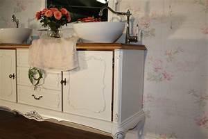 Badmöbel Vintage Look : le bain d 39 amour ein doppelwaschtisch landhaus versch nert das bad ~ Bigdaddyawards.com Haus und Dekorationen