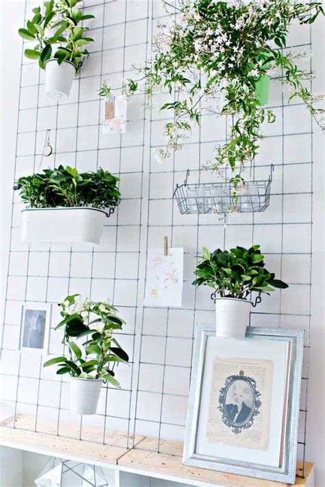 How To Make A Vertical Garden Wall by 20 Diy Vertical Garden Ideas How To Make A Vertical Garden