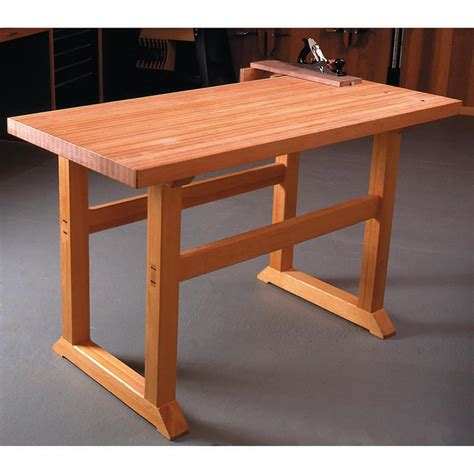 simple  build workbench woodworking plan  wood magazine