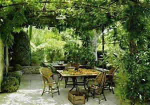 Pflanzen Für Pergola : pergola bauen oder wie kann man eine gartenlaube selbst errichten ~ Sanjose-hotels-ca.com Haus und Dekorationen