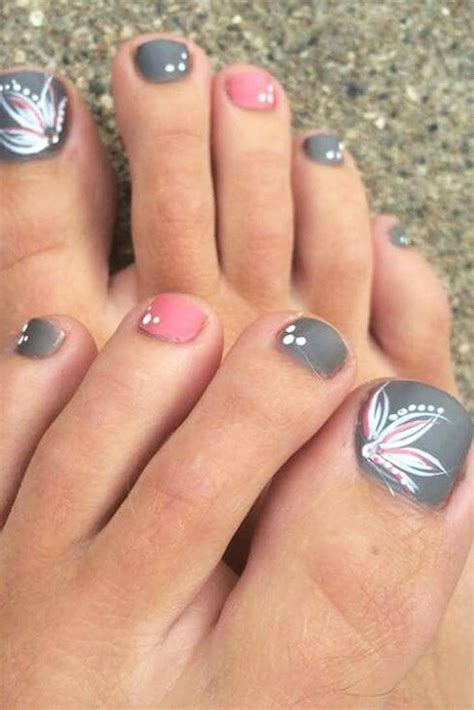 35 nail designs ideas design trends 27 toe nail designs to keep up with trends look Unique