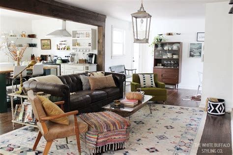 + Best Ideas About Fall Living Room On Pinterest