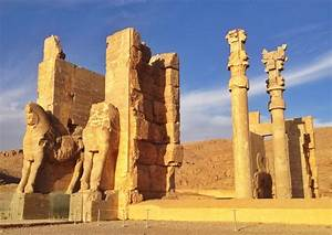 Persepolis, Fars, Iran - The famous 'Gate of All Nations ...