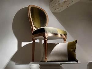 Tapisser Une Chaise : retapisser une chaise medaillon gallery of chaise best chaise medaillon chaises medaillon d ~ Melissatoandfro.com Idées de Décoration