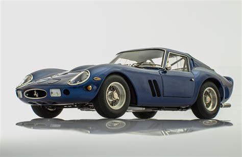 Ferrari 250 GTO Blue 1962 by CMC Model Cars | Racing Heroes