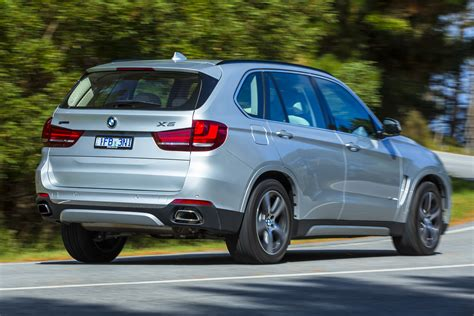 bmw  xdrivee plug  hybrid review