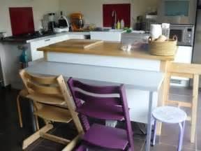 petit coin repas pour la cuisine avec cette table d appoint bidouilles ikea