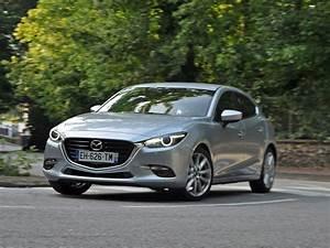 Mazda3 Dynamique : en images essai mazda3 2017 mazda3 2 0 skyactiv g 120 ch avant dynamique ~ Gottalentnigeria.com Avis de Voitures