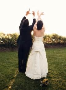 wedding photo poses creative wedding poses for everyone wedding shoes