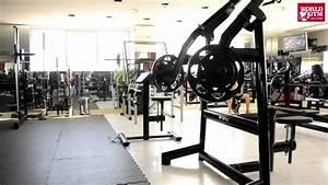World Gym Saudi Arabia Gold Moor Mall - YouTube