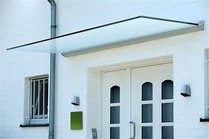 Haustürüberdachung Mit Seitenteil : das freitragende glas vordach dura plus sorgt f r einen hellen und modernen hauseingang ~ Whattoseeinmadrid.com Haus und Dekorationen