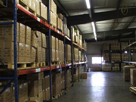 reduce cost  warehouse strategies   employ today
